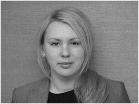 Попова Марина Олеговна